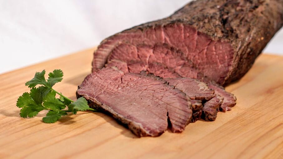 beef sliced close 1-3
